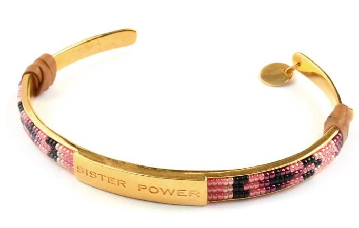 Syster-P-Sister-Power-bracelet,-gold-499-sek