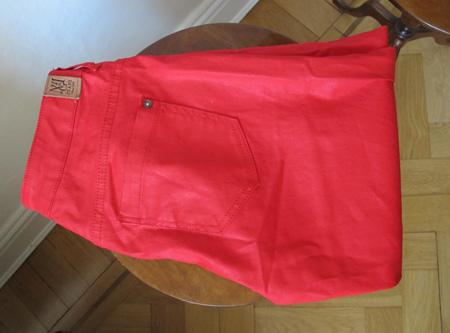 Röda jeans från Mango