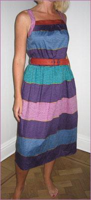 Färgglad klänning