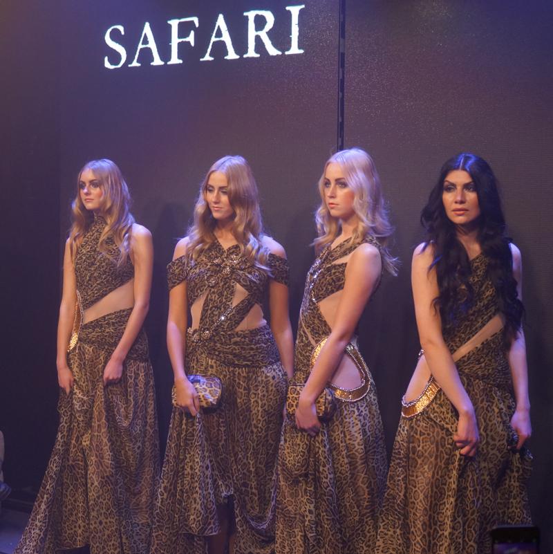 Make up store safari