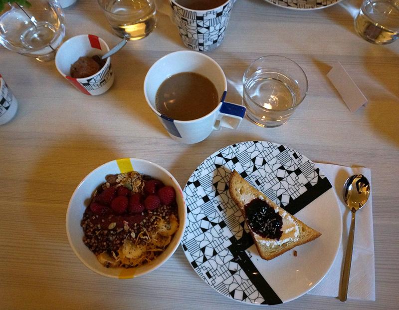 frukost_pompom_flora